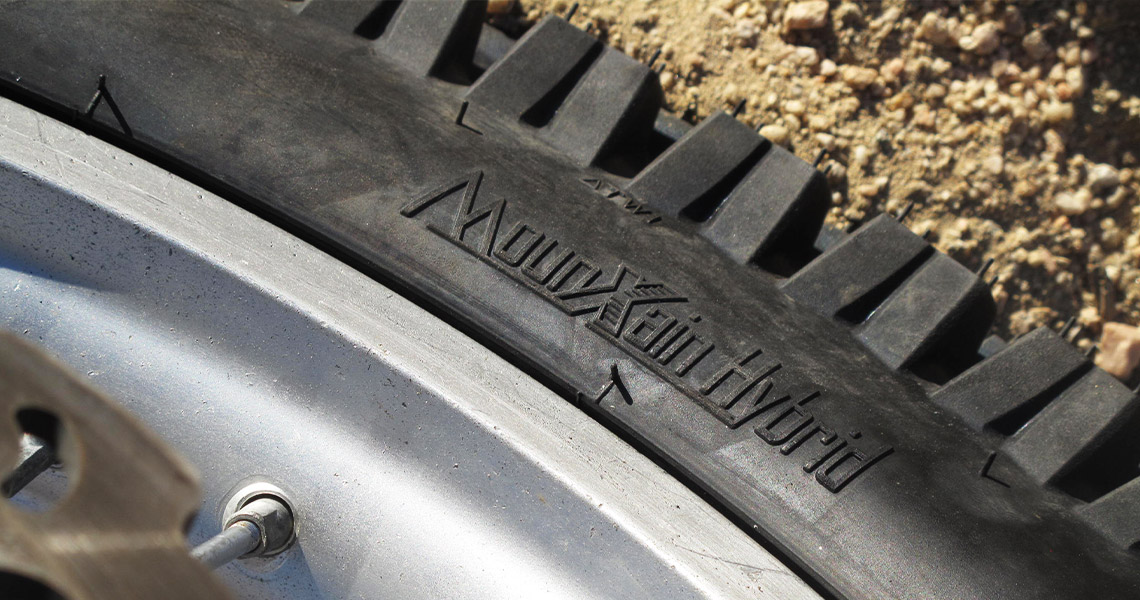 MOUNTAIN HYBRID Tire Review By Dirt Bike Test